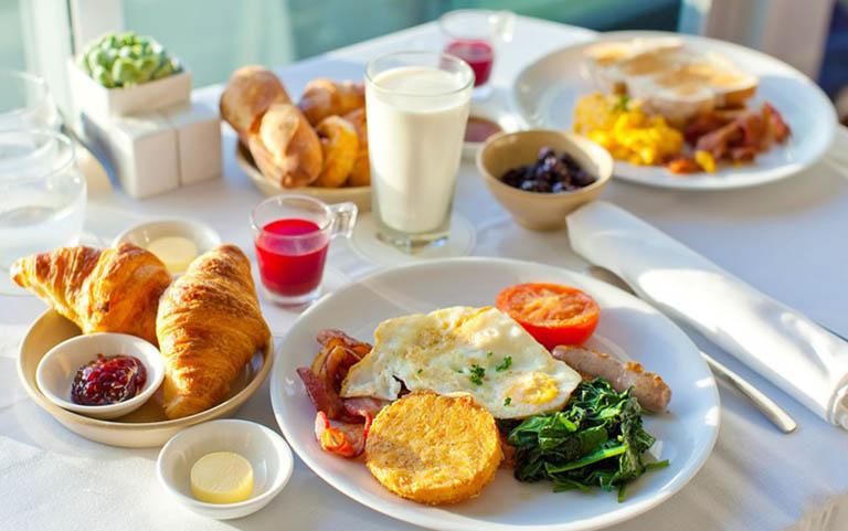 bữa sáng cho người bị gout