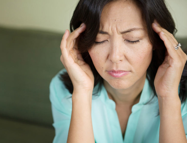 Đau đầu là tác dụng phụ thường gặp của thuốc Ketoconazole