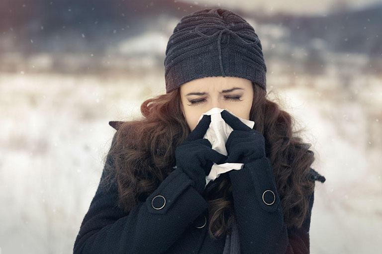 thay đổi lối sống trị dị ứng thời tiết lạnh