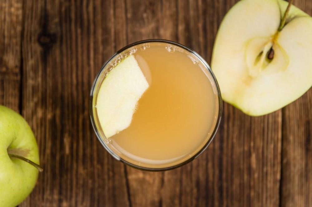 dùng giấm táo chữa bệnh ho