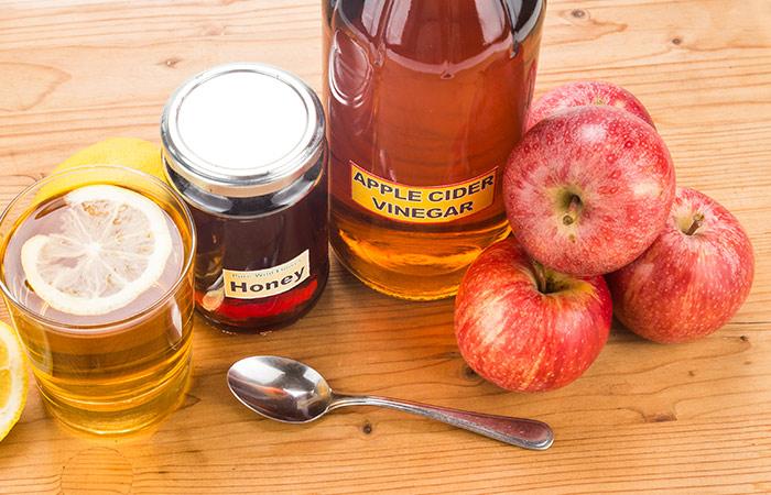 Kết hợp giấm táo và mật ong trị ho