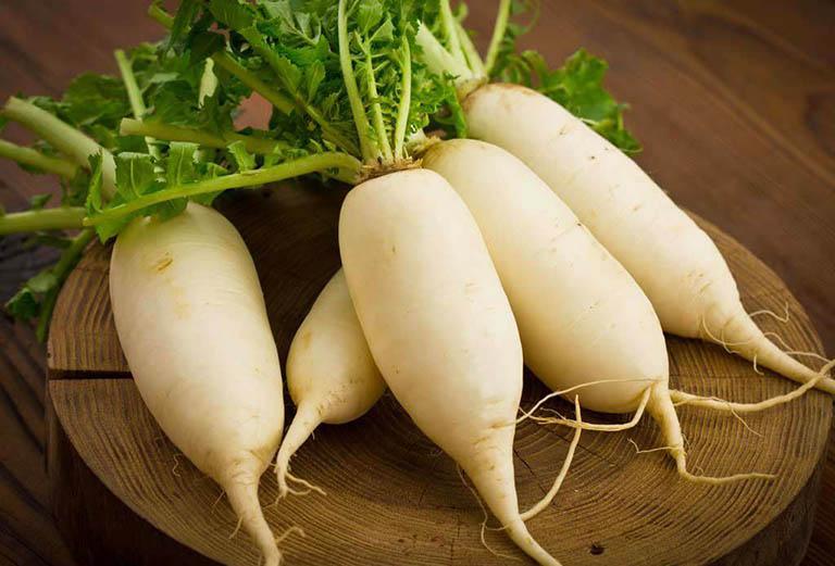Cách sử dụng củ cải trắng điều trị bệnh ho khan