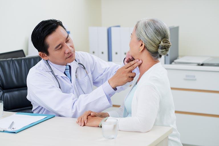 dịch vụ khám chữa bệnh của phòng khám Hòa Khánh