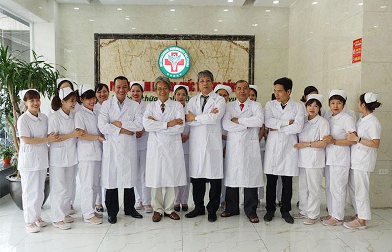 đội ngũ bác sĩ phòng khám đa khoa quốc tế cộng đồng hà nội