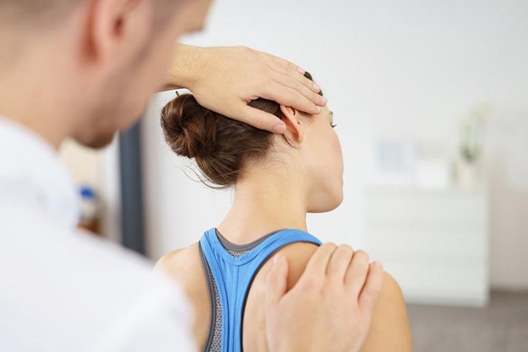 Các phương pháp chẩn đoán và điều trị bệnh thoát vị đĩa đệm cột sống cổ
