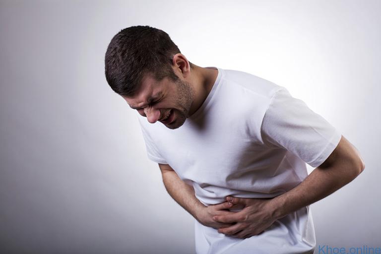 Đau bụng là một trong những triệu chứng bệnh viêm dạ dày HP
