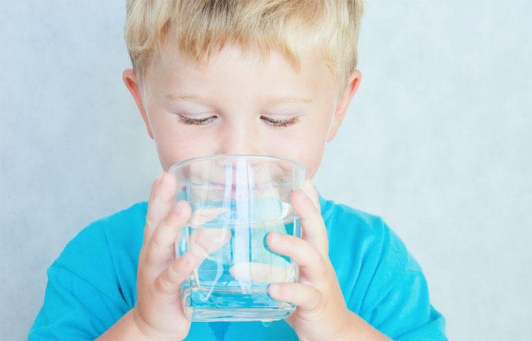 điều trị viêm dạ dày ruột cấp ở trẻ em