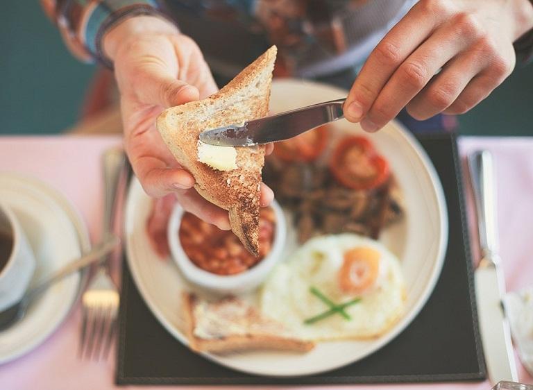 Ăn sáng là thói quen hàng đầu của những người luôn khỏe mạnh