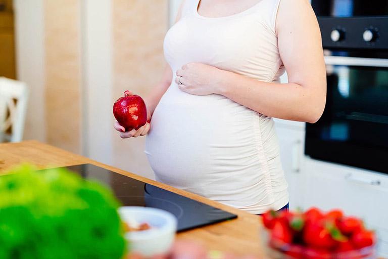 Nên và không nên làm gì khi đang mang thai