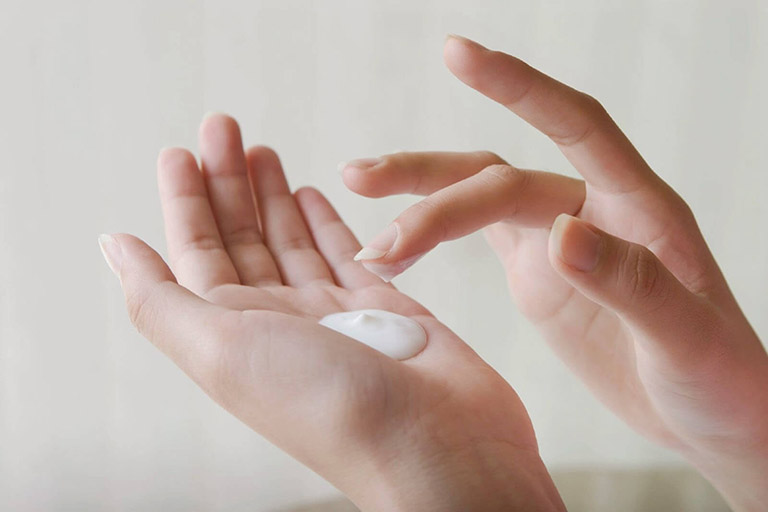 thuốc chữa bệnh chàm thể tạng