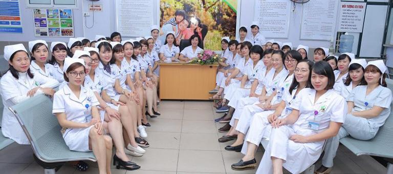 đội ngũ nhân viên Bệnh viện Phụ sản Hà Nội