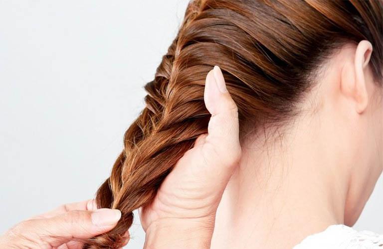 hạn chế những kiểu tóc phức tạp