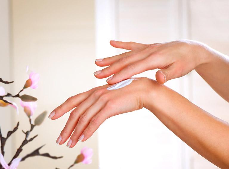 Cách trị ngứa lòng bàn tay