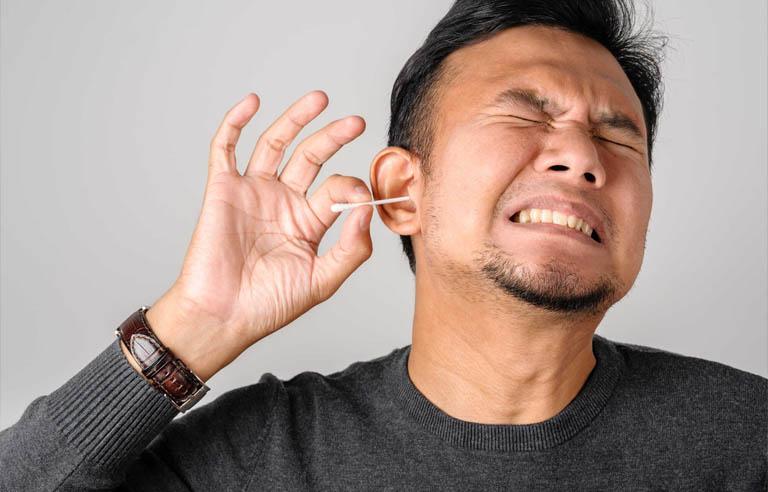 cách vệ sinh tai sạch sẽ an toàn