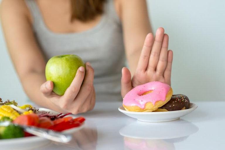 ăn uống khi bị ung thư đại tràng