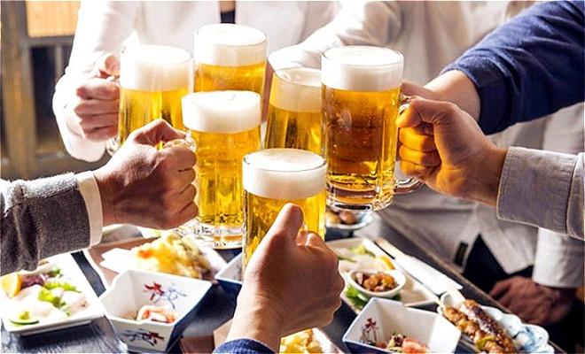 uống nhiều rượu bia