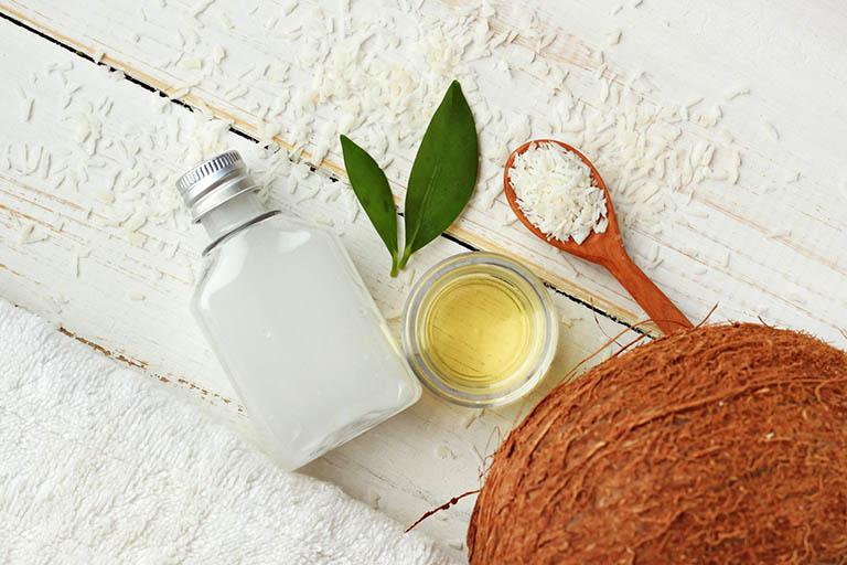 Cách dùng dầu dừa trị rạn da - Bạn đã biết chưa?