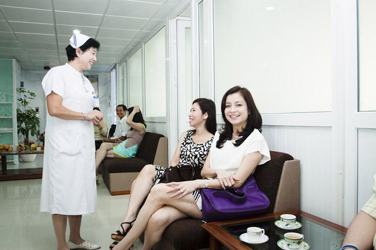 dịch vụ khám bệnh tại bệnh viện Đa khoa Vạn Hạnh