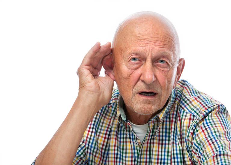 điếc ở người lớn tuổi