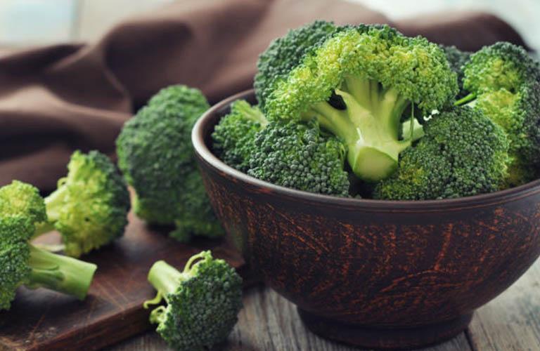 bổ sung rau xanh khi bị viêm đại tràng