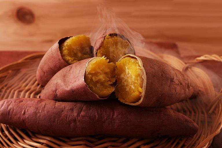 mề đay nên ăn khoai lang