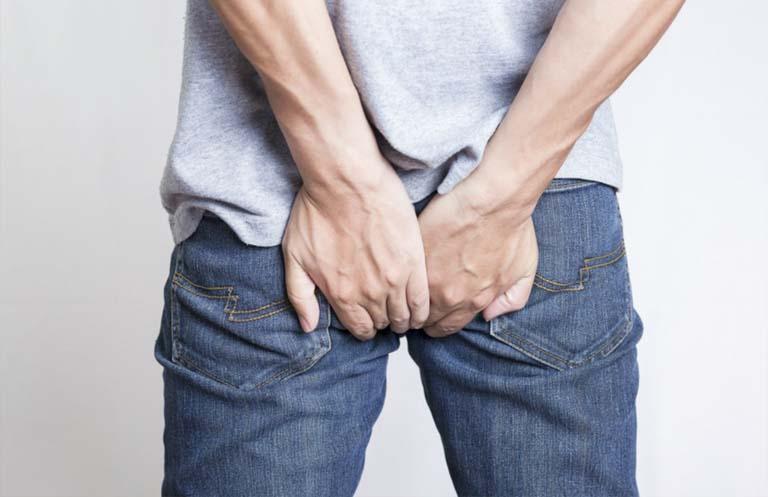 triệu chứng ngứa hậu môn