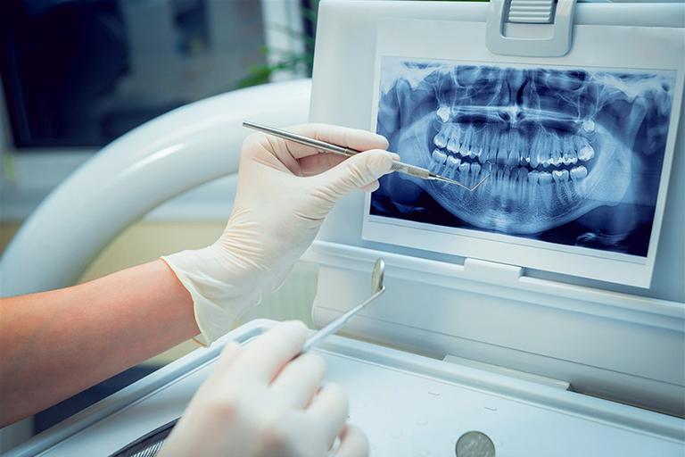 Chi phí khám chữa bệnh và thẩm mỹ răng hàm tại Phòng khám Răng Hàm Mặt - Bác sĩ Phạm Hồng Phong
