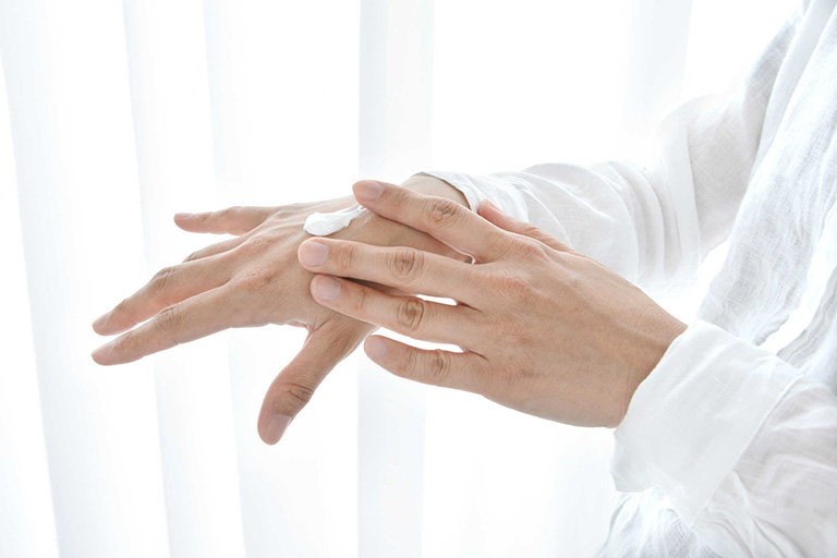 Cần phải lưu ý những vấn đề gì khi dùng thuốc Fusdicream