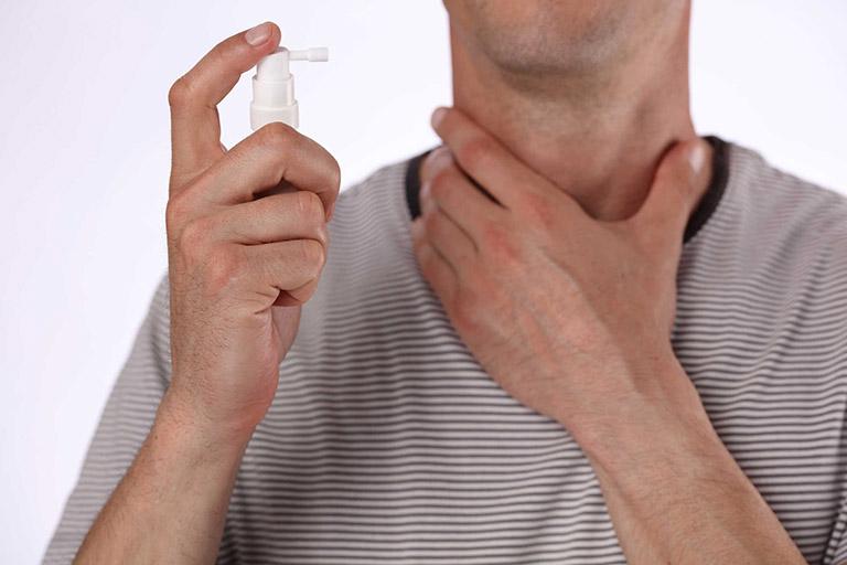 Sử dụng hỗn dịch xịt miệng Thiovalone cần lưu ý những vấn đề nào?