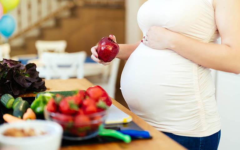 những thực phẩm cần tránh khi mang thai