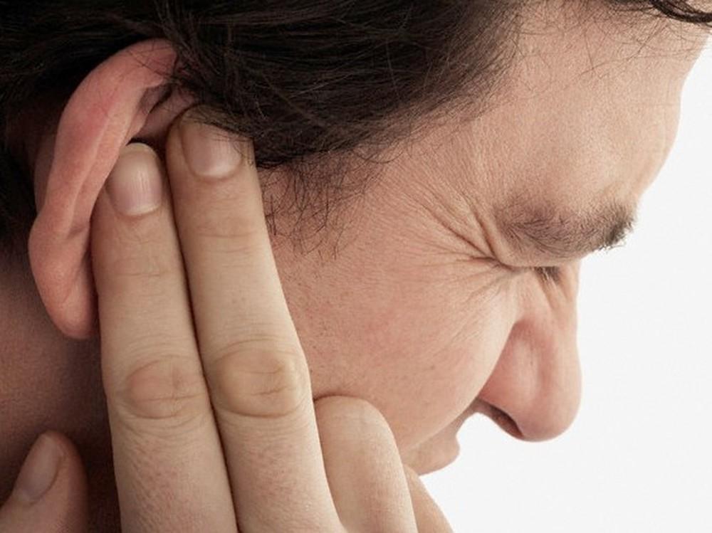 triệu chứng thủng màng nhĩ