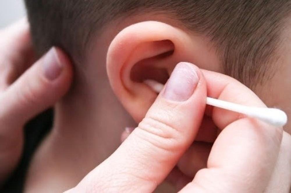 thủng màng nhĩ ở trẻ em