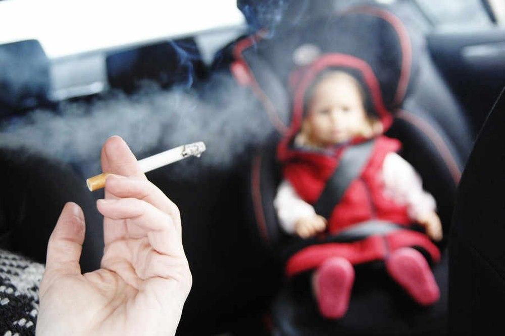 nguy cơ nhiễm khói thuốc lá của trẻ sơ sinh