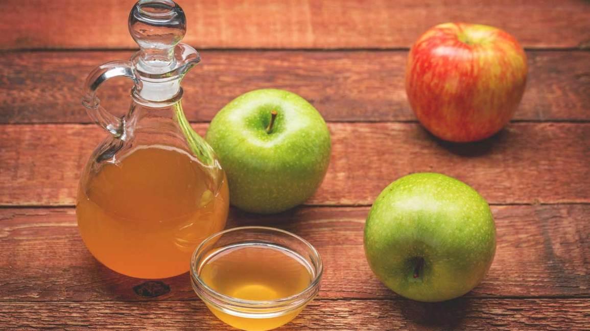 trị ngứa da bằng dấm táo
