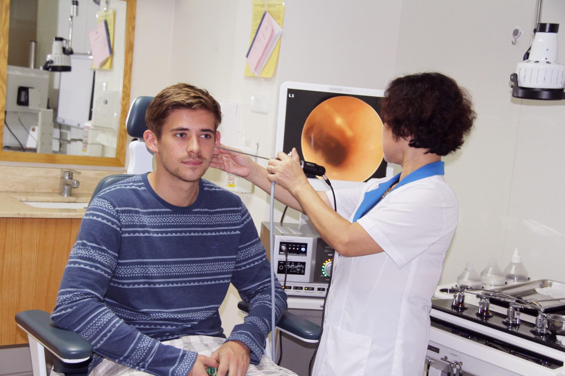 điều trị ù tai