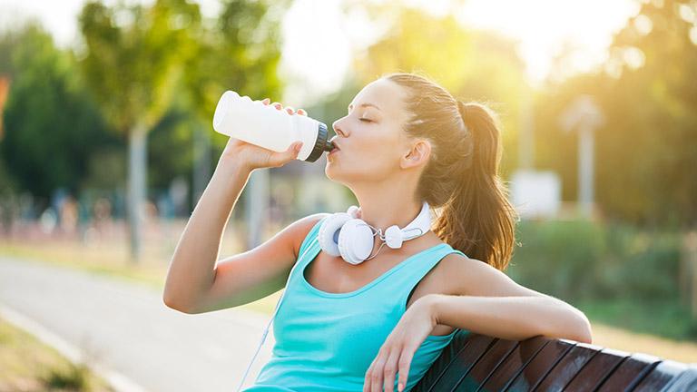 lợi ích khi uống đủ nước