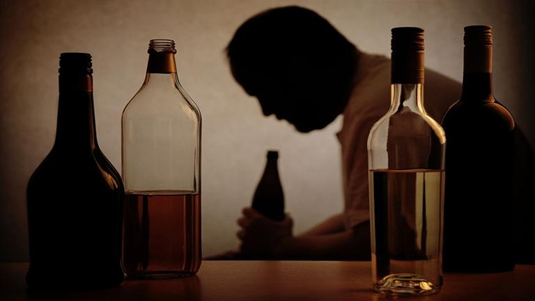 uống rượu gây xuất huyết dạ dày