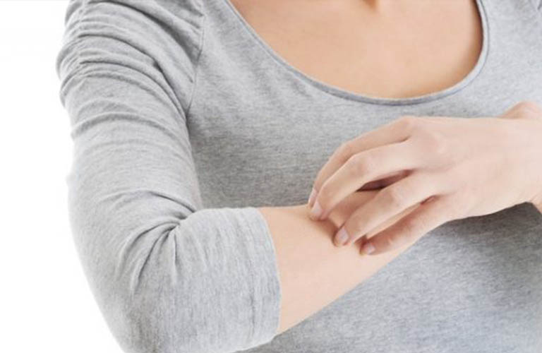 nguyên nhân viêm da tiếp xúc dị ứng bội nhiễm