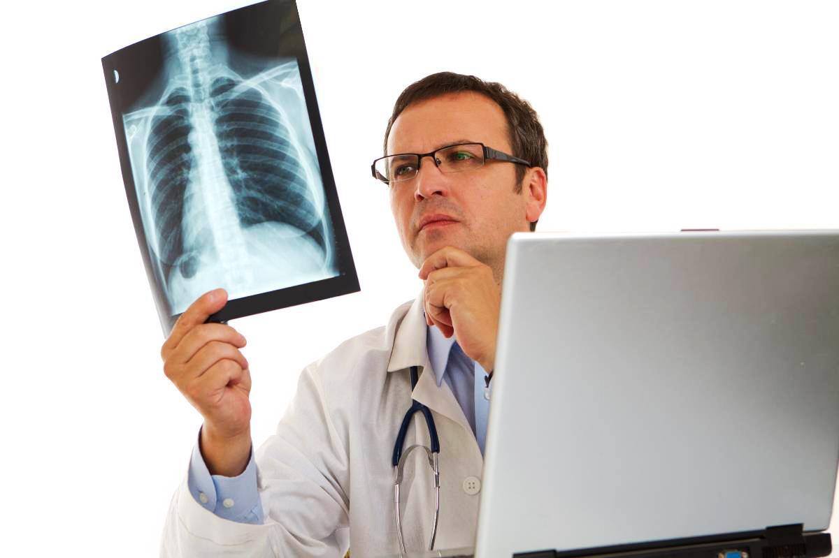 chẩn đoán viêm phế quản phổi