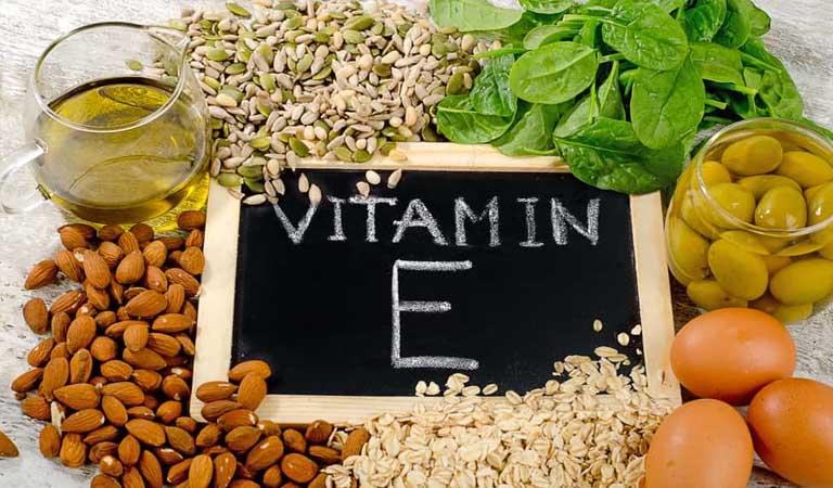 cách dùng vitamin E trị rụng tóc
