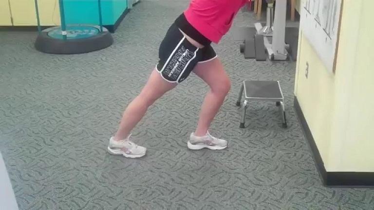 Bài tập hỗ trợ điều trị viêm cân gan bàn chân