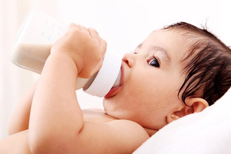 Biện pháp phòng ngừa trẻ nôn trớ sau ăn