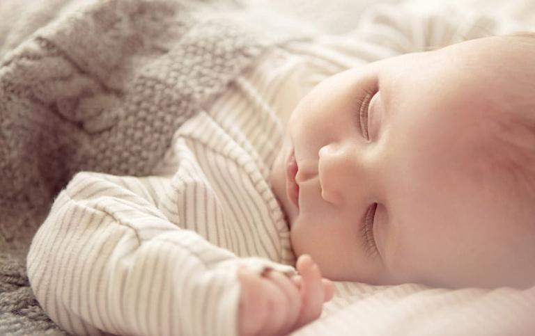 Những cách giúp trẻ dễ dàng đi vào giấc ngủ mà cha mẹ nên biết