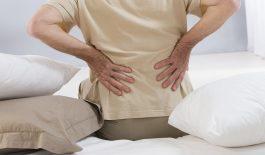 Đau lưng dưới có thể là dấu hiệu của nhiều bệnh nguy hiểm