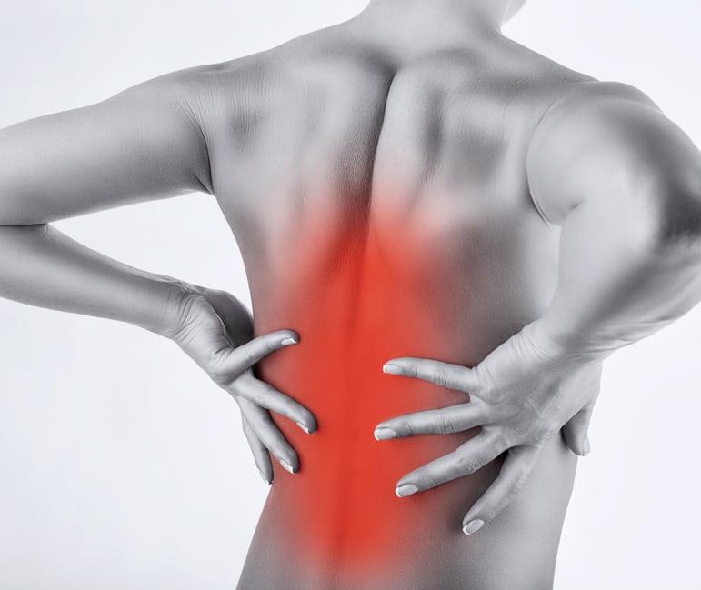 đau lưng giữa