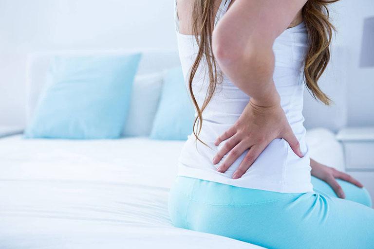 cách làm giảm đau lưng sau sinh