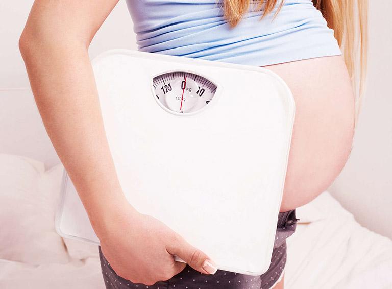giảm đau hông khi mang thai