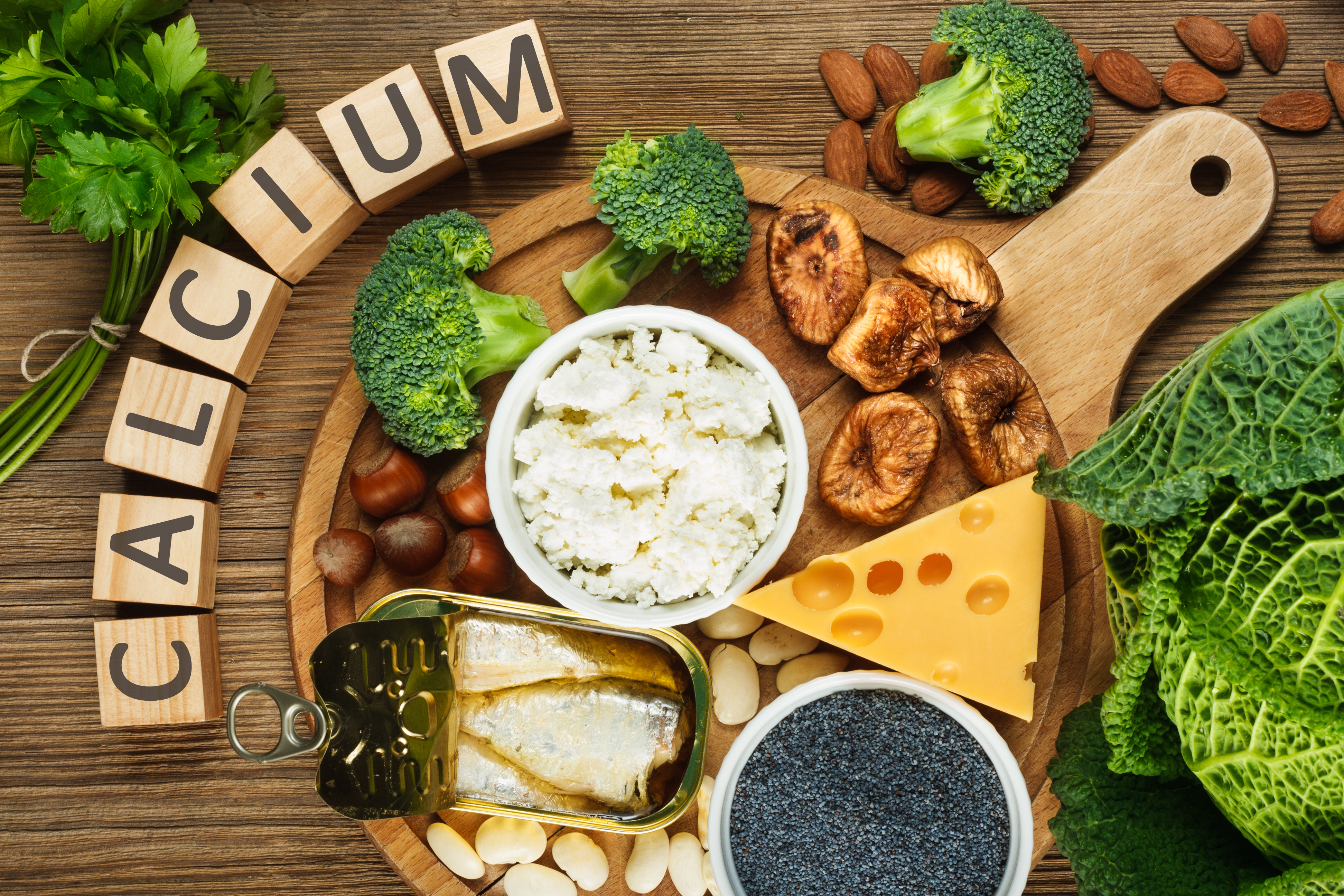 chế độ ăn giúp giảm đau lưng