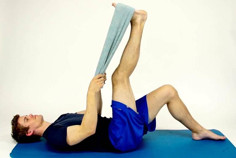 bài tập cột sống cho người đau lưng
