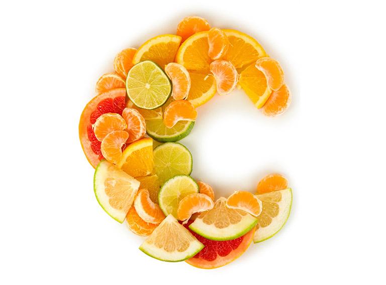 trái cây họ cam chanh chứa nhiều vitamin C